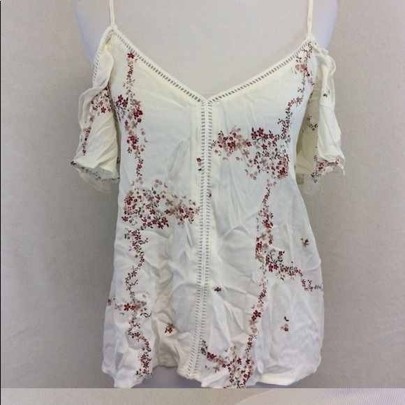 Tops - Current air ~ Boho white floral top